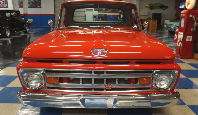 1961 FORD F100 PICKUP – RED full