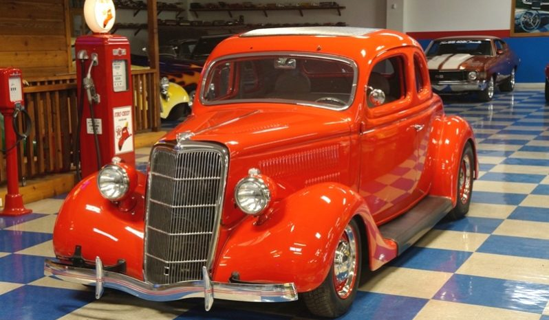 1935 FORD 2 DR COUPE STEEL – BRIGHT RED full