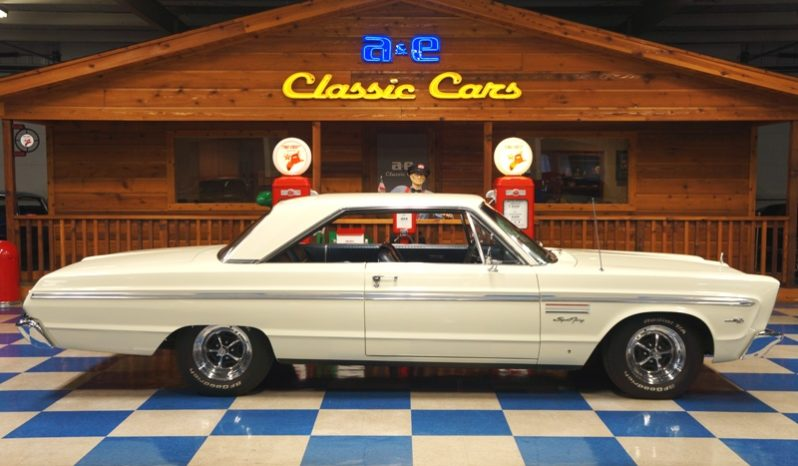 1965 PLYMOUTH SPORT FURY V8 – WHITE full