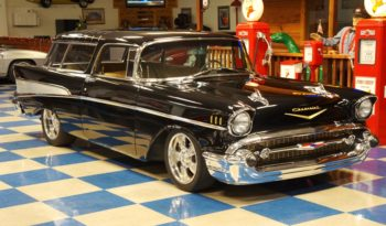 1957 CHEVROLET NOMAD – DEEP BLACK full
