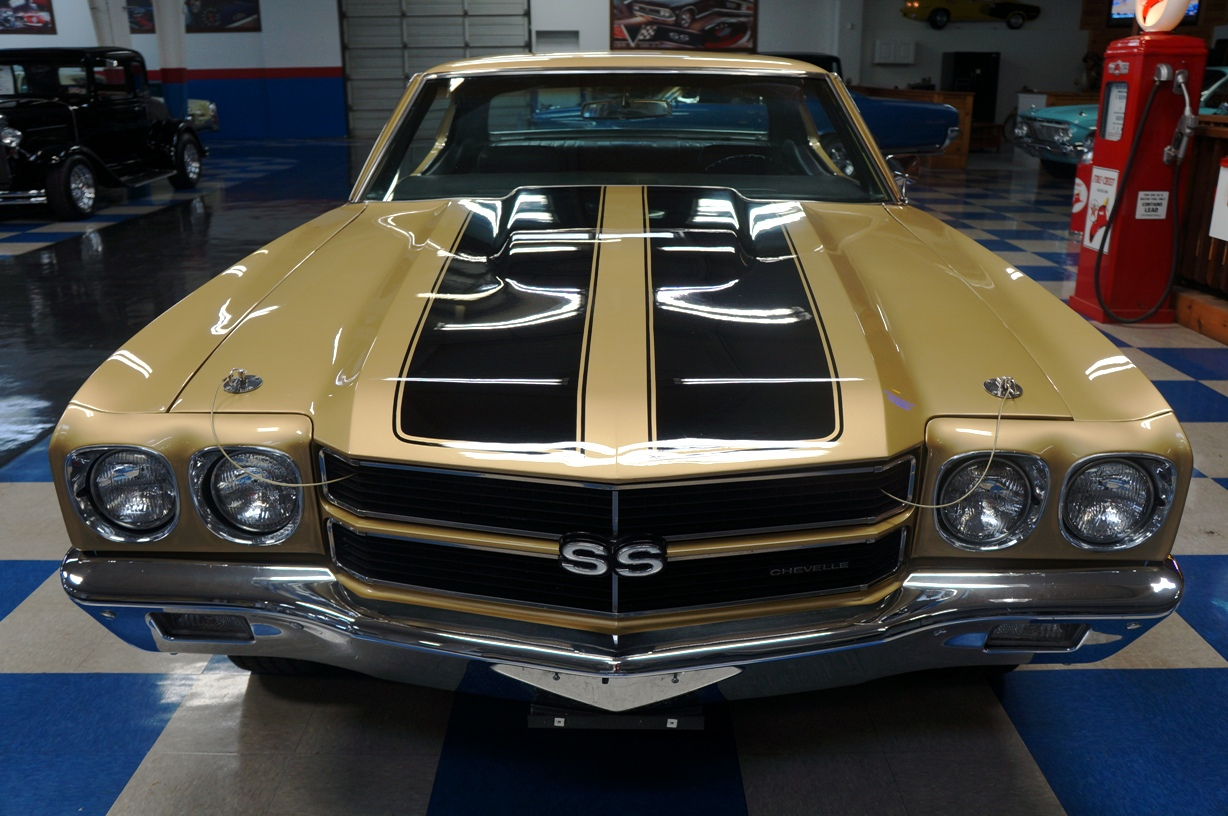 1970 Chevrolet Chevelle Ss396 Champagne Gold Black A