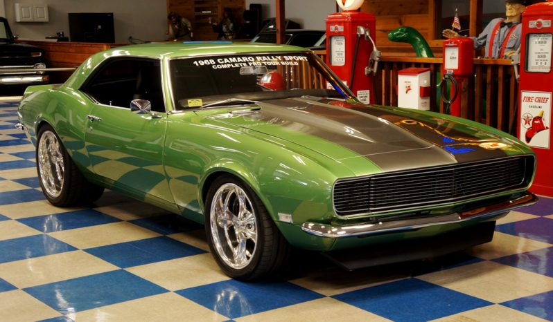 1968 Chevrolet Camaro RS Pro-Touring – Green / Silver full