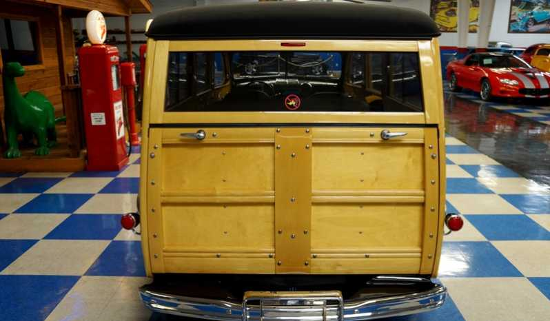 1947 Ford Woody Wagon – Black full