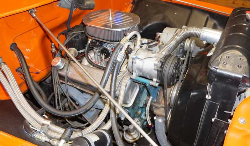 1956 Ford F100 Pickup – Orange full