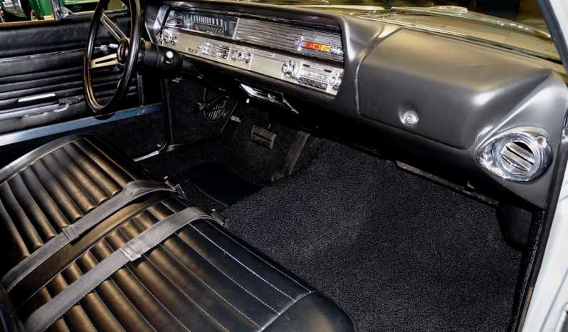 1965 Oldsmobile Vista Cruiser Wagon – Silver full