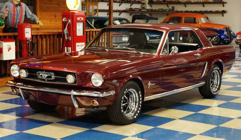 1965 Ford Mustang Coupe – Maroon full