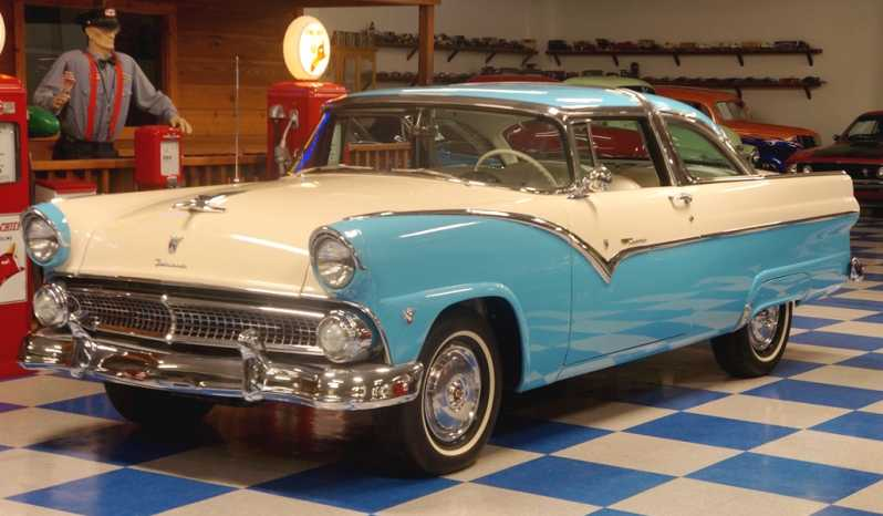 1955 Ford Fairlane Crown Victoria – Aquatone Blue / Snowshoe White full