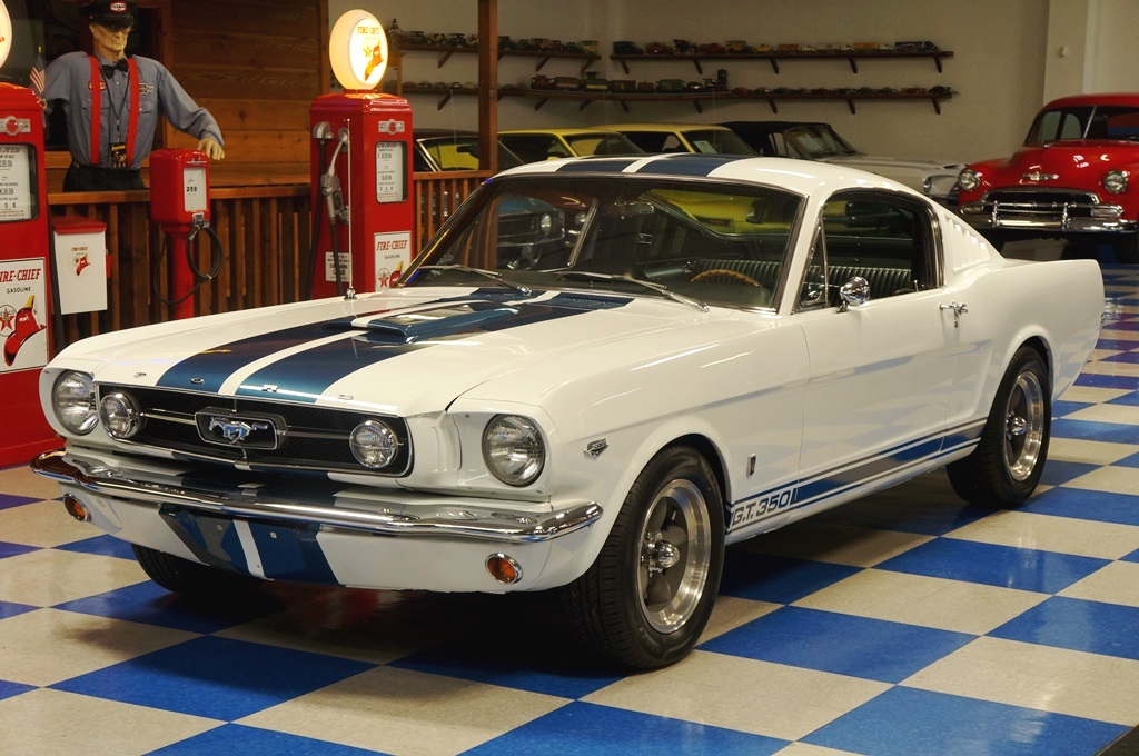 1965 Ford Mustang Fastback Gt350 Tribute White Blue
