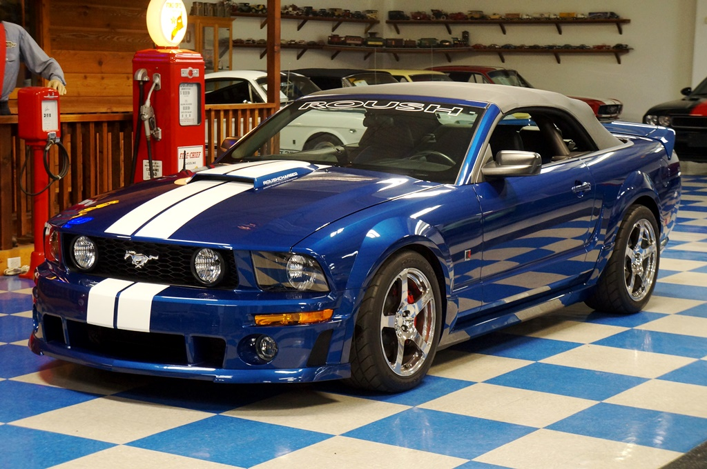 2006 Ford Mustang Convertible Roush Stage 3 LOW MILES Blue