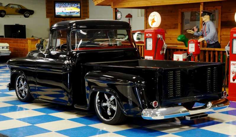 1955 Chevrolet Big Window Pickup – Black full