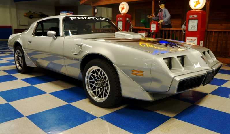 1979 Pontiac Trans Am – Platinum full
