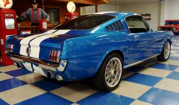 1965 Ford Mustang Fastback 2+2 – Metallic Blue / White full