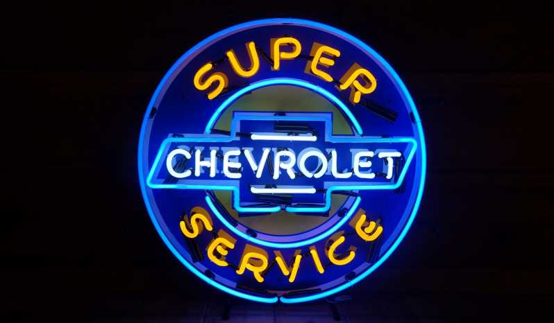 """Super Chevrolet Service"" Neon Sign full"