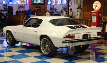 1974 Chevrolet Camaro Z/28 – Antique White / Black full
