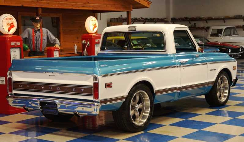 1970 Chevrolet Pickup Resto Mod Vortec F.I. – Blue / White full