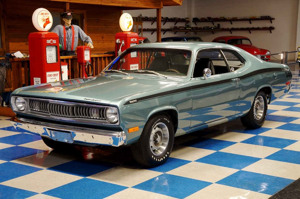 1972 Plymouth Duster – Winchester Gray – A&E Classic Cars
