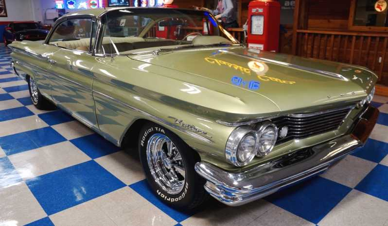 1960 Pontiac Ventura Bubble Top – Green full