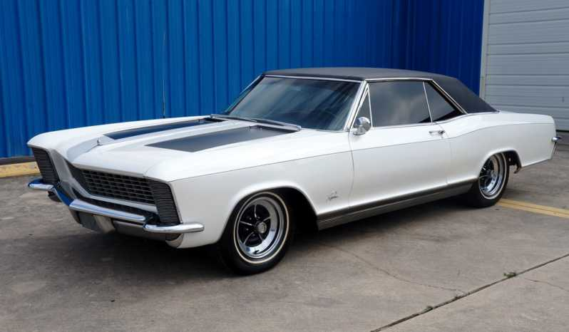 1965 Buick Riviera – Pearl White / Black full