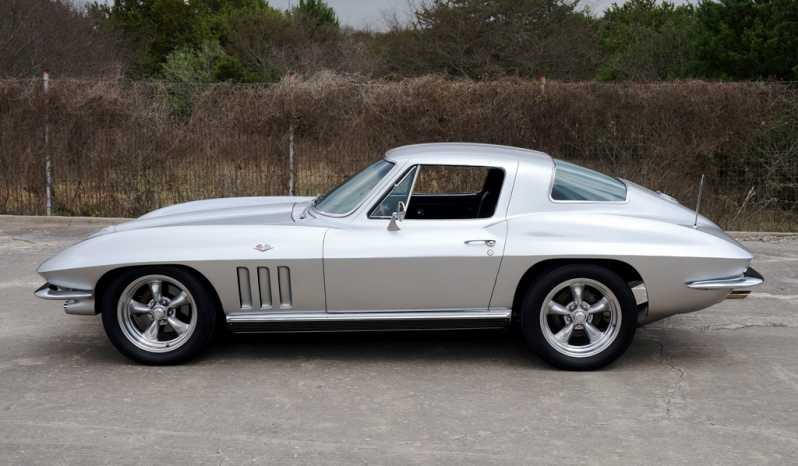 1966 Chevrolet Corvette – Silver full