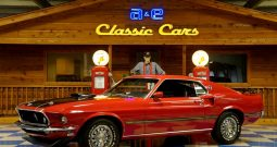 1969 Ford Mustang Mach 1 Cobra Jet – Candy Apple Red / Black
