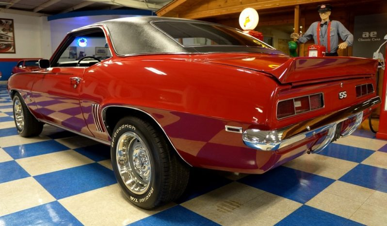 1969 Chevrolet Camaro – Garnet Red / Black full