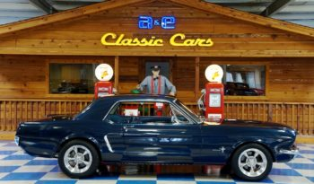 1965 Ford Mustang Coupe – Caspian Blue full