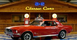 1968 Ford Mustang Coupe – Red / White