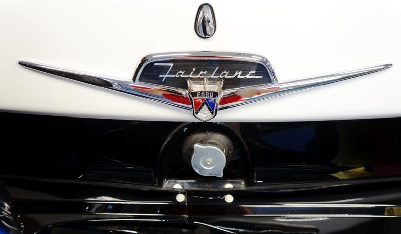 1956 Ford Fairlane Victoria – Raven Black / White full