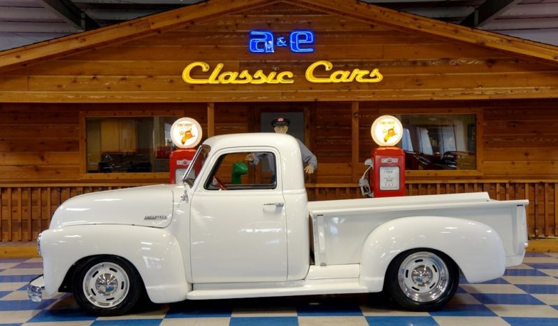 1951 Chevrolet Pickup – Olympic White full