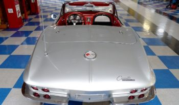 1963 Chevrolet Corvette Convertible Fuelie – Sebring Silver / Black full