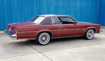 1978 Oldsmobile Delta 88 Royale – Carmine Red full