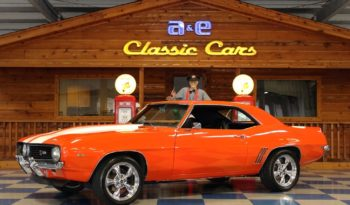 1969 Chevrolet Camaro – Hugger Orange / White