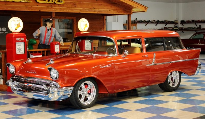 1957 Chevrolet Wagon Resto Mod – Prowler Orange full