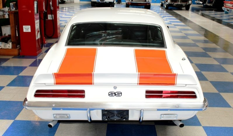 1969 Chevrolet Camaro RS/SS Z10 – White / Hugger Orange full