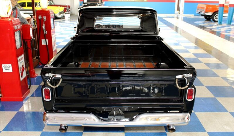 1965 Chevrolet C10 Pickup – Black / White full