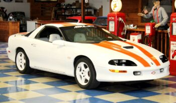 1997 Chevrolet Camaro SS 30th Anniversary – White / Orange full