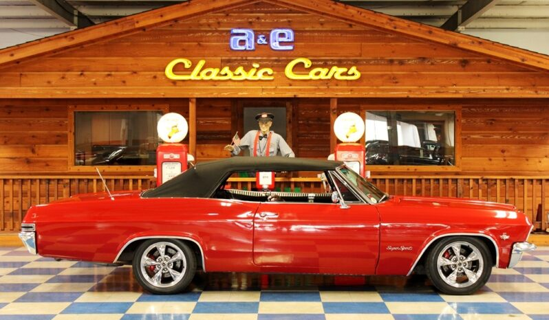 1965 Chevrolet Impala SS Convertible – Red / Black full
