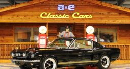 1965 Ford Mustang Fastback – Black / Fawn