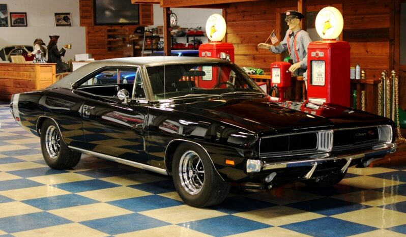"1969 Dodge Charger R/T ""Tribute"" – Black / Silver full"
