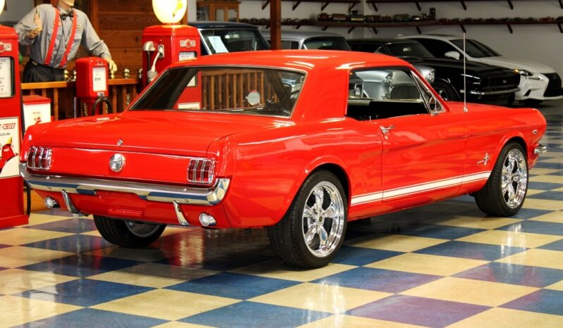 1966 Ford Mustang Coupe – Red / White full