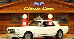 """1966 Ford Mustang """"A-Code"""" – Wimbeldon White / Black"""
