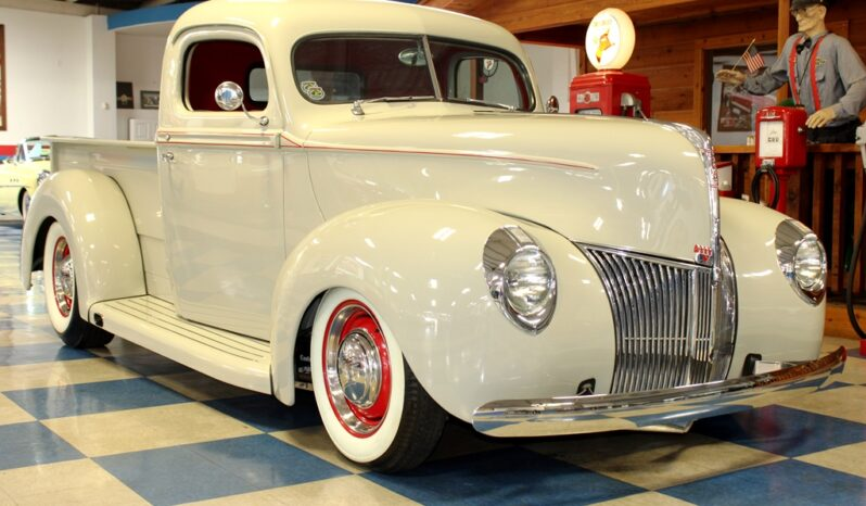 1940 Ford Pickup – Grey-Green / Red full