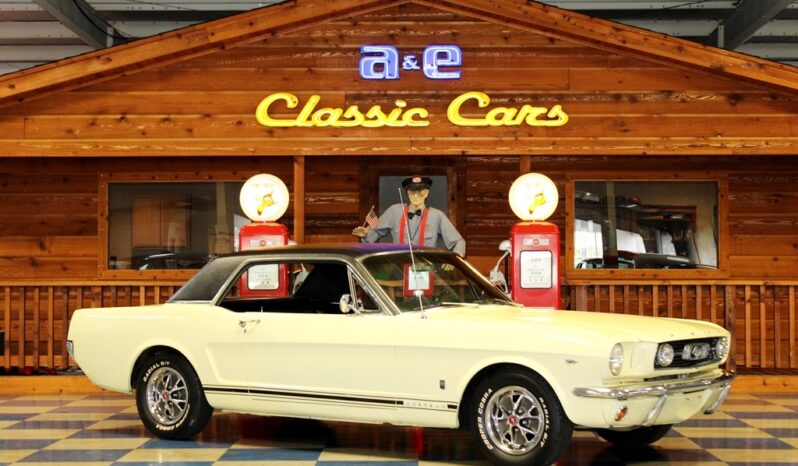 """1966 Ford Mustang Coupe """"A Code"""" – Springtime Yellow / Black full"""