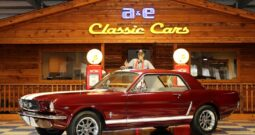 1965 Ford Mustang – Maroon / White